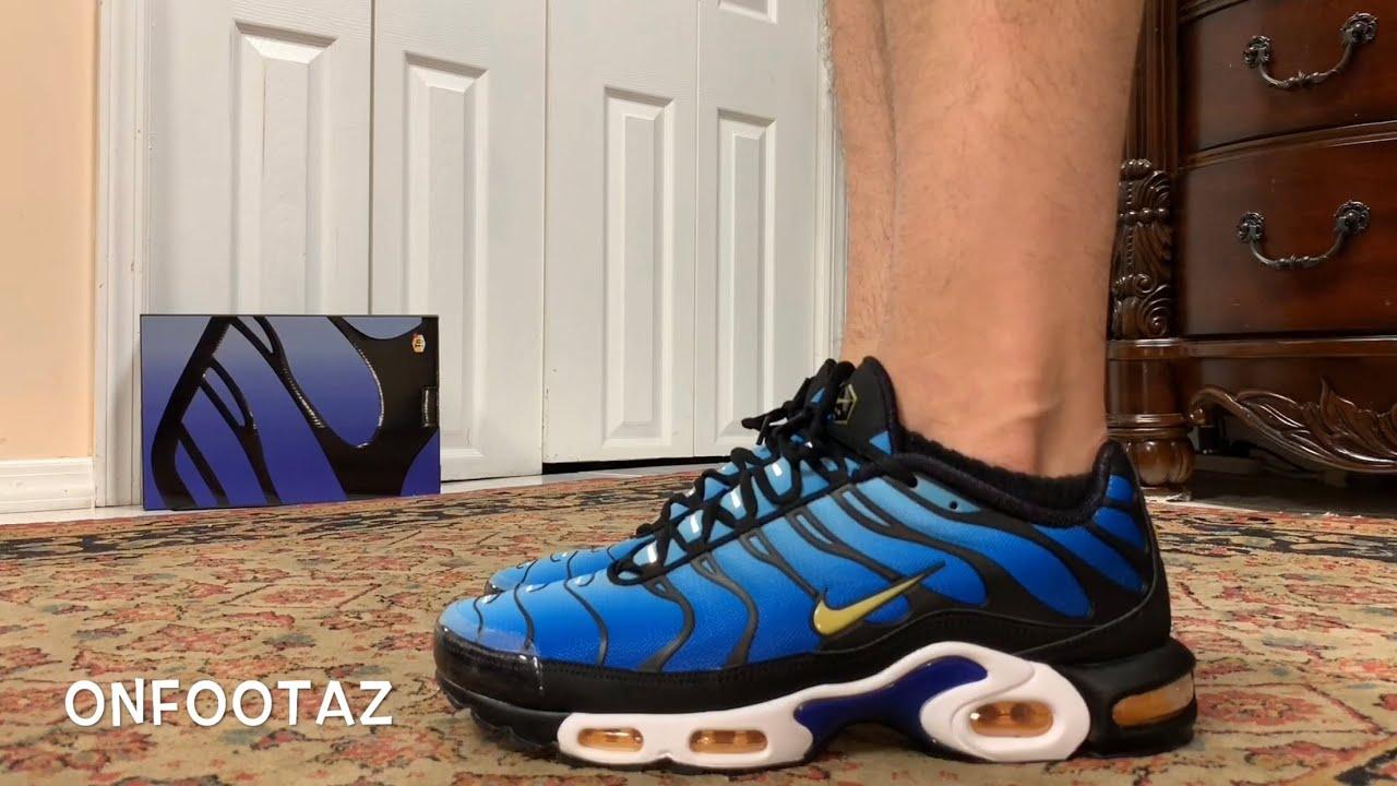 quality design 78f60 2bd70 Nike Air Max Plus OG Hyper Blue 2018 On Foot