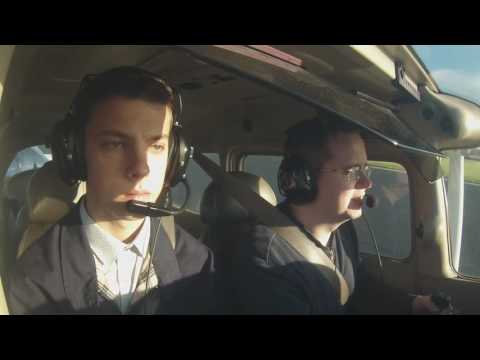 Cessna C172 - Flight from Cambridge to Leicester - GOPRO - ATC Audio - JCaviation