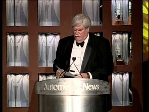 "Silverio Bonfiglioli receiving the 2006 Automotive News ""PACE AWARD"""