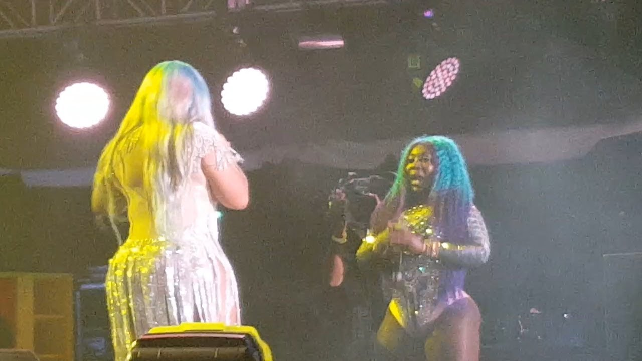 Spice & Miss Kitty Battle On Stage , Guess Who Won | Reggae Sumfest 2018
