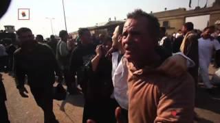 بالفيديو.. ''دموع وقبلات وزغاريد''.. أبرز مشاهد اليوم أمام سجن طرة