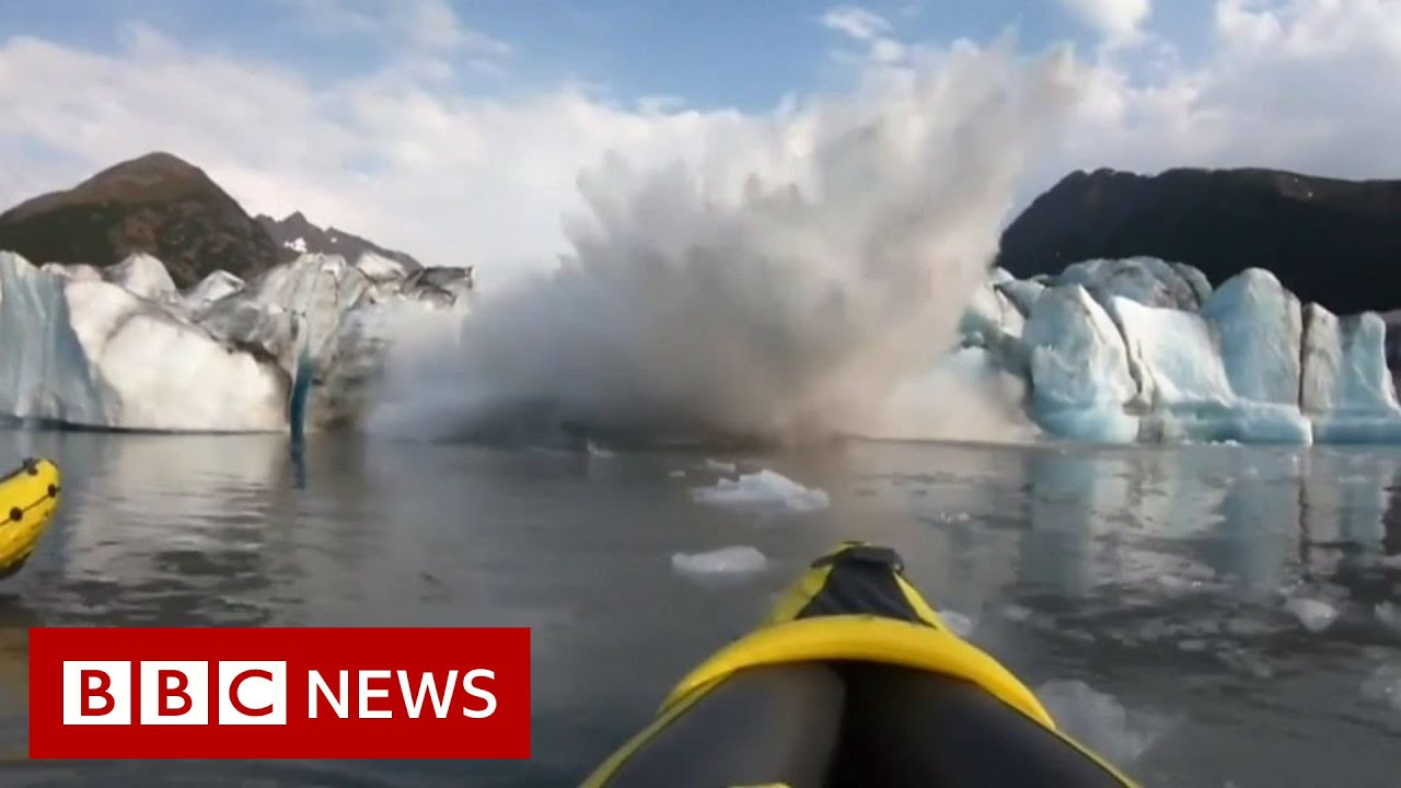 BBC News:'We survived!' Collapsing glacier soaks kayakers - BBC News