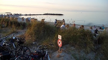 Seebrücke Schönberger Strand mit Live Konzert