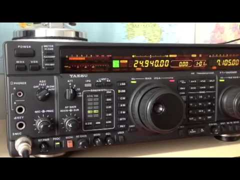 OX3KQ Greenland HAM Station Yaesu FT-1000MP Amateur Radio