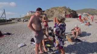 Смешной случай на пляже! Поеб.нь трава! +18