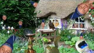 Rolf Harris ::  English Country Garden (with lyrics)