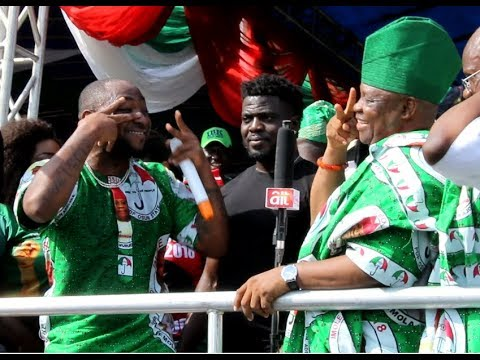 Davido,His Uncle Sen.Adeleke & His Son in dance competition At His Rally In Osun As They Perform