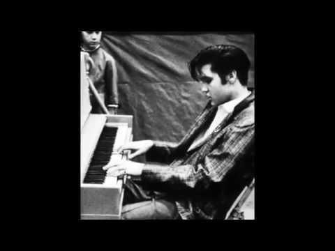 Blueberry Hill - Elvis Presley (Cover with lyric) ( สุขนิรันดร์ สุขหลวง )