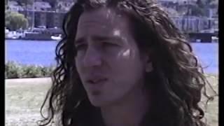 Eddie Vedder - 1992-05-20 Seattle, WA