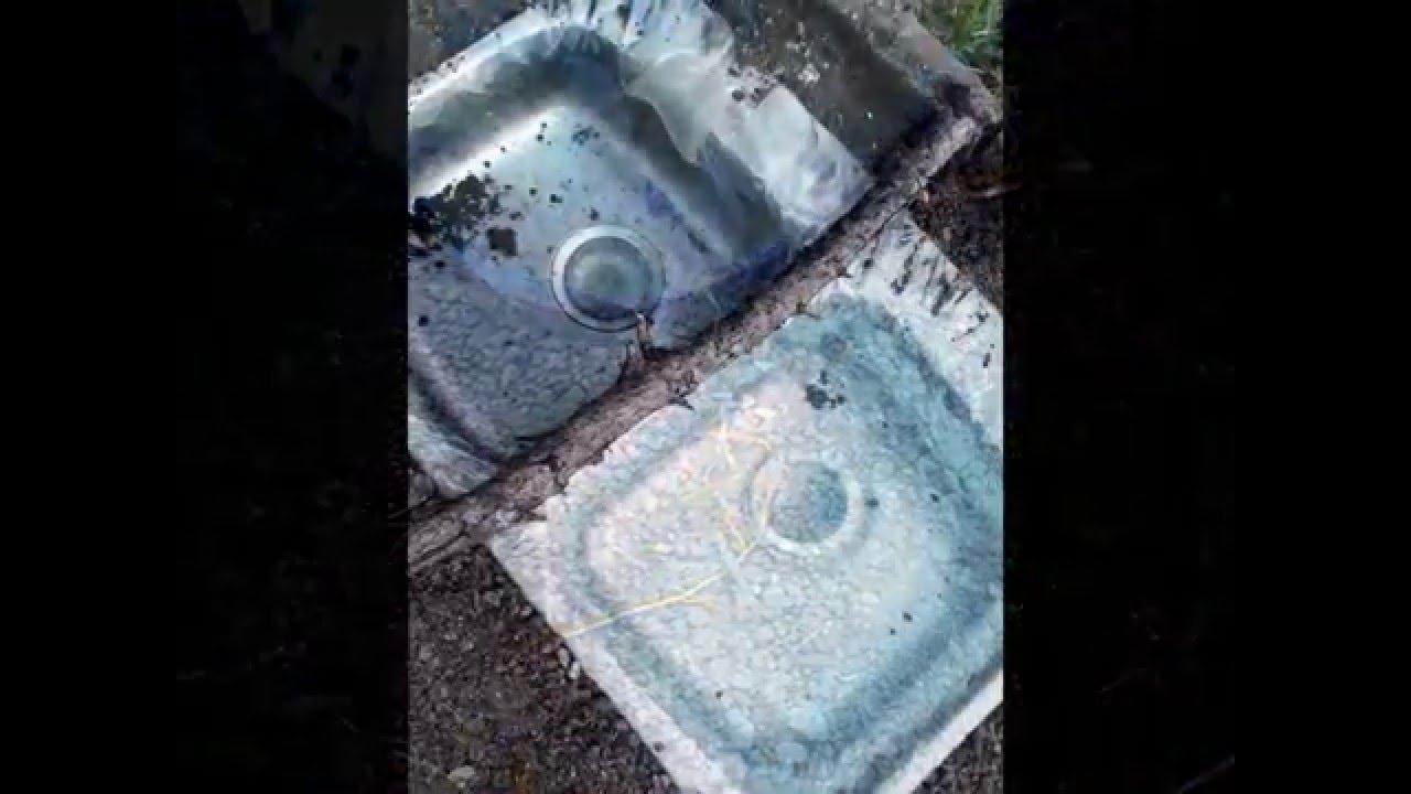 Como decorar el jardin mini estanque en pileta de cocina for Estanque pileta