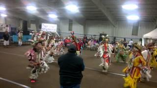 Mens Grass Dance @ Southern Ute Beardance Powwow...Song #2 Group 1