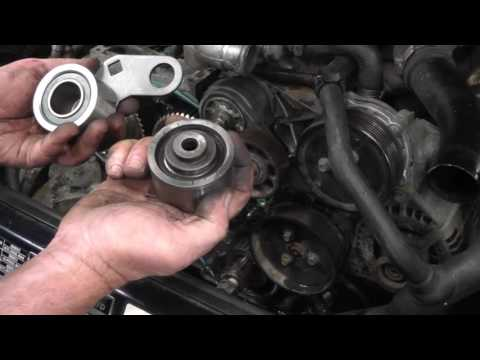 changing the cambelt on a land rover discovery 300 tdi (hd) youtube