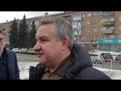 """Глава Верх-Исетского района: """"Хуже убирать не стали"""""""