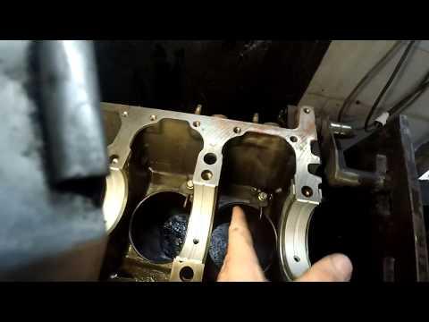 ISUZU  4HF1 сборка двигателя.Очень долгое видео.