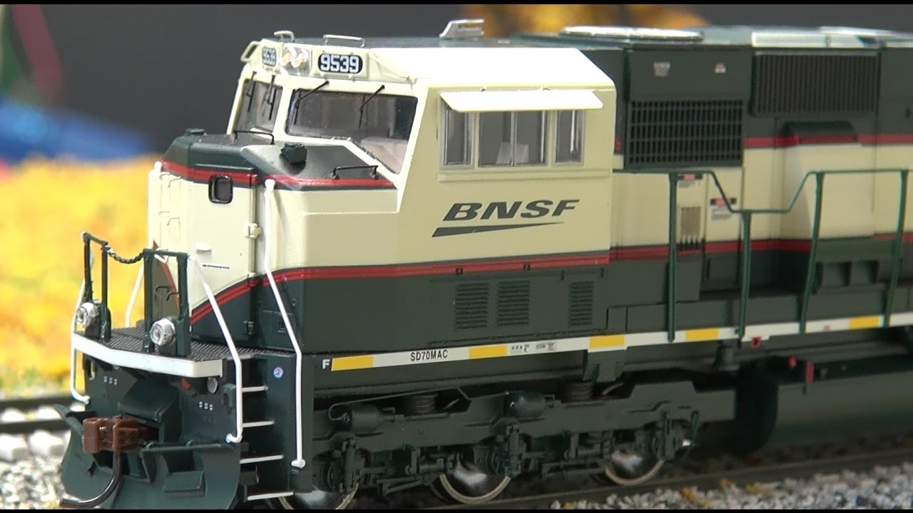 Halloween Special Athearn SD70MAC W Sound Review BNSF CSX And KCS