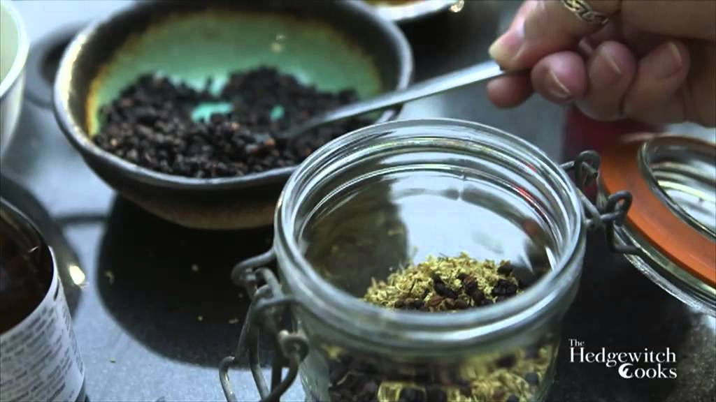 The Hedgewitch Cooks - Elder Tea Syrup