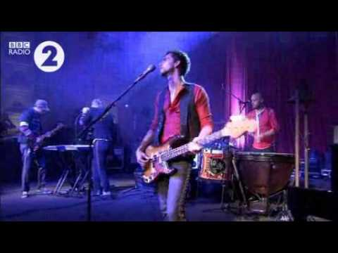 Coldplay live @ BBC Radio 2 (Full show)