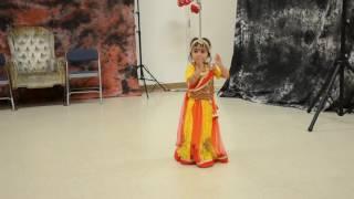 Hiya's First Dance Performance - Momo Chitte Niti Nritte - Oct 09_2016