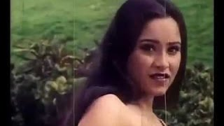 reshma hot video on bed