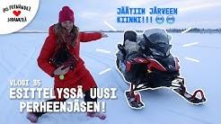 KELKALLA JUMISSA JÄRVESSÄ! #vaihtovuosisodankylässä vlogi 35 (Snowmobiling / english subtitles)