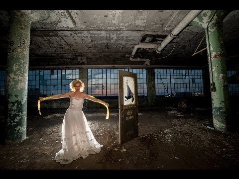 SUPER HIGH ISO Fashion Bridal Photo Shoot in Abandoned Fisher Body Plant in Detroit Jason Lanier