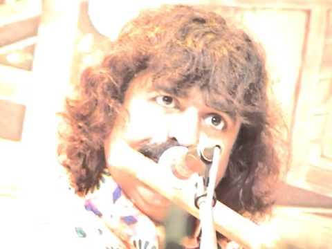 Academy of music, Chowdaiah Hall, Bangalore   Clip 1 - Pandit Godkhindi Flute