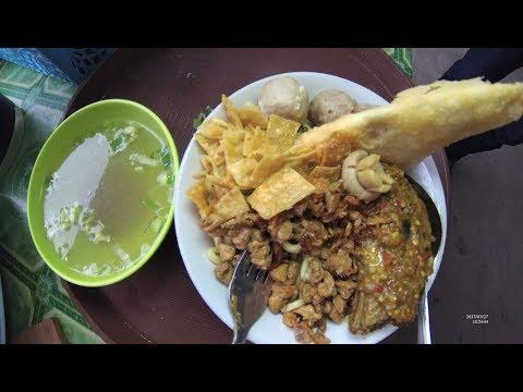 Indonesia Makassar Street Food 2421 Bakmie Pangsit Paleko Jamur Hokian YDXJ0518