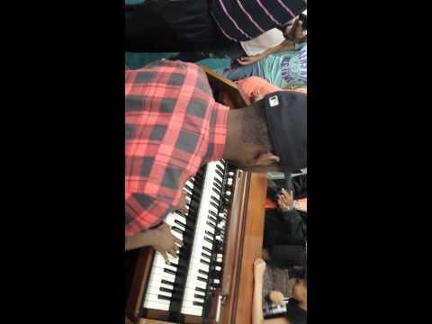 Nicholas Cole going BANANAS on Organ !!!
