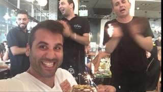 איך מוציאים במסעדה קינוח בחינם