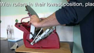 Operating a Table-Top Platen Press