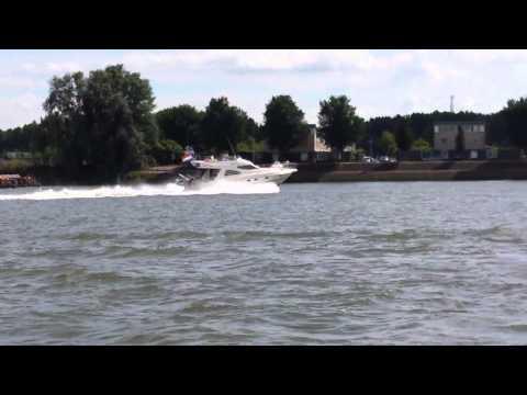 Cranchi Atlantique 12 meter (38ft)  motoryacht motorboat