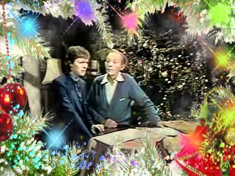Bing Cosby & David Bowie-Peace on Earth in counterpoint to Little Drummer Boy