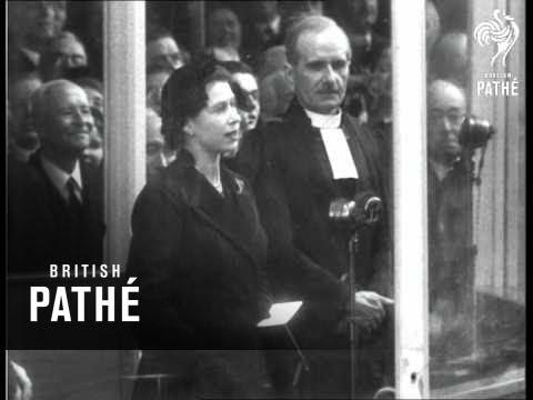 """Queen Launches New Royal Yacht """"Britannia"""" (1953)"""