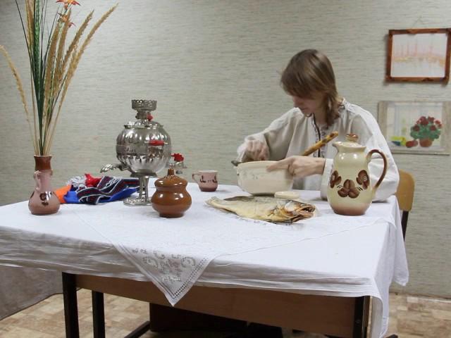 Изображение предпросмотра прочтения – ВладиславГалкин читает произведение «Демьянова уха» И.А.Крылова