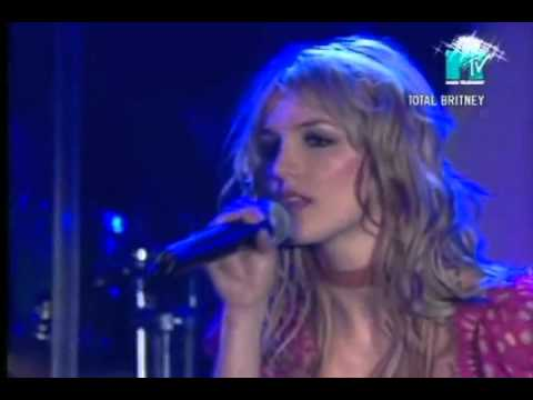Britney Spears Live - I'm Not A Girl Not Yet A Woman (Real voice)