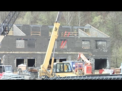6:00 p.m. report: Construction continues on new Magoffin County High School