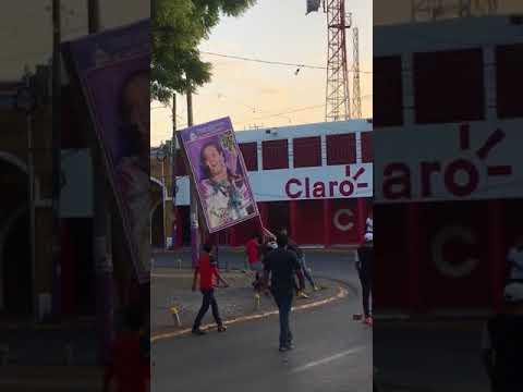 Nicaragua April 2018: Protesters take down Rosario Murillo sign