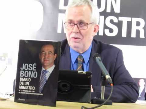 Ramón Perelló, director editorial, durante la presentación del libro JOSÉ BONO.DIARIO DE UN MINISTRO