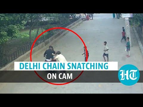 Watch: Delhi chain snatching; govt staffer shoved, robbed | Crime on CCTV