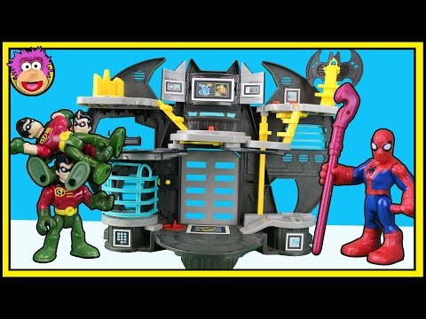 Imaginext Super Friends Batcave - Robin gets CLONED and Spiderman must stop them & save the Batcave
