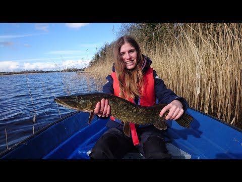 boat trip on the River Erne | pike fishing in Ireland