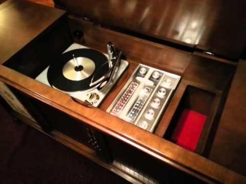 1963 RCA Tube Stereo Console 4VF488