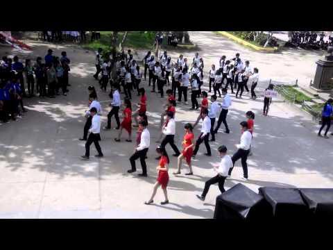 Cha Cha Cha tập thể - Lớp 11/1 - Trường THPT Huỳnh Ngọc Huệ 2014 - 2015