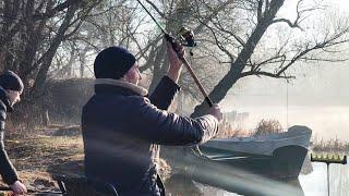 ЗАБРОСИЛ ФИДЕР В РЕКУ И ПОЙМАЛ 5 ВИДОВ РЫБ Отдых с друзьями Рыбалка на фидер 2021
