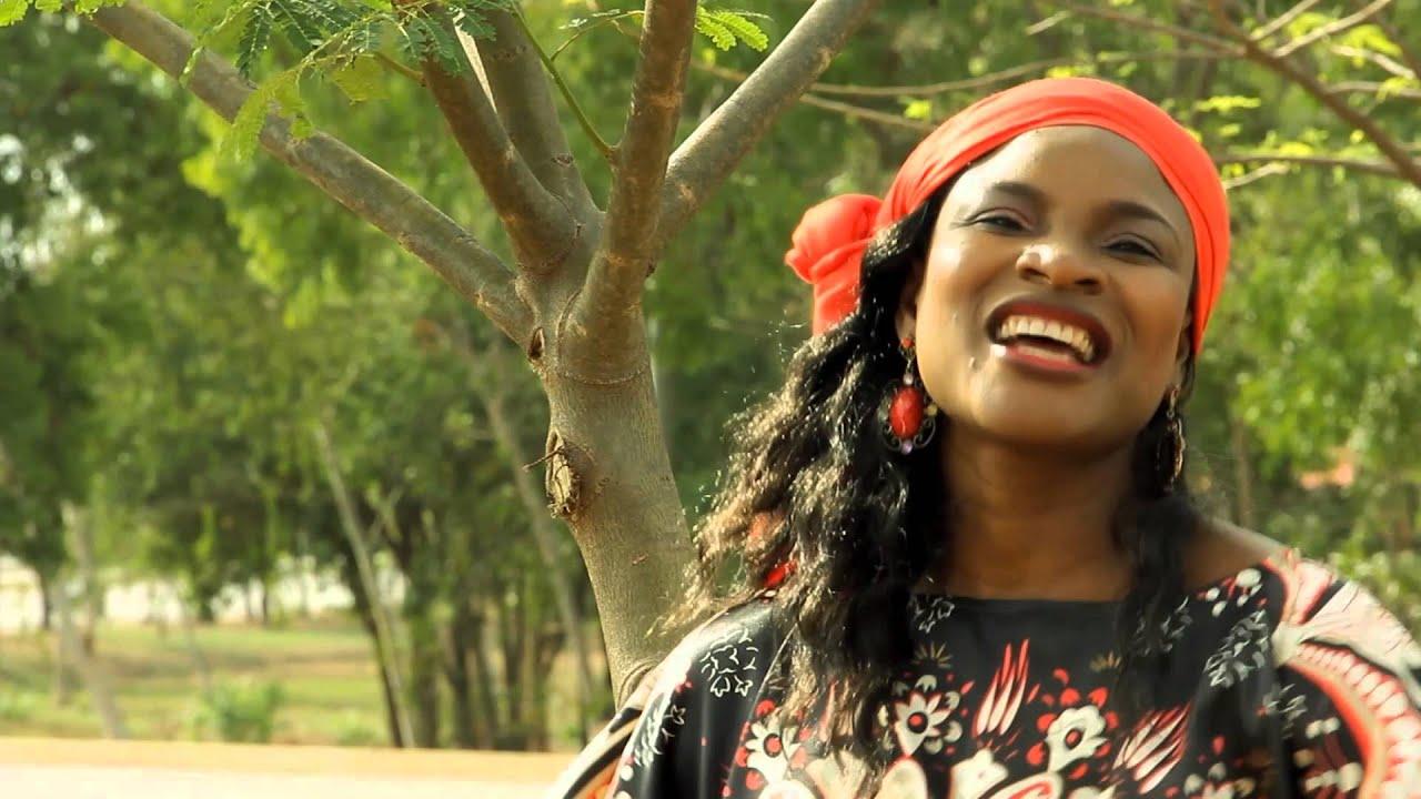 Download Faith Yebo - Daukaka ft. Solomon Lange{OFFICIAL VIDEO}