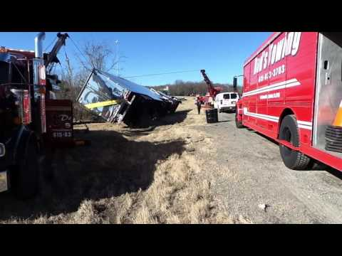 Dad's Towing Nashville Tennessee Heavy Recovery Still Loaded