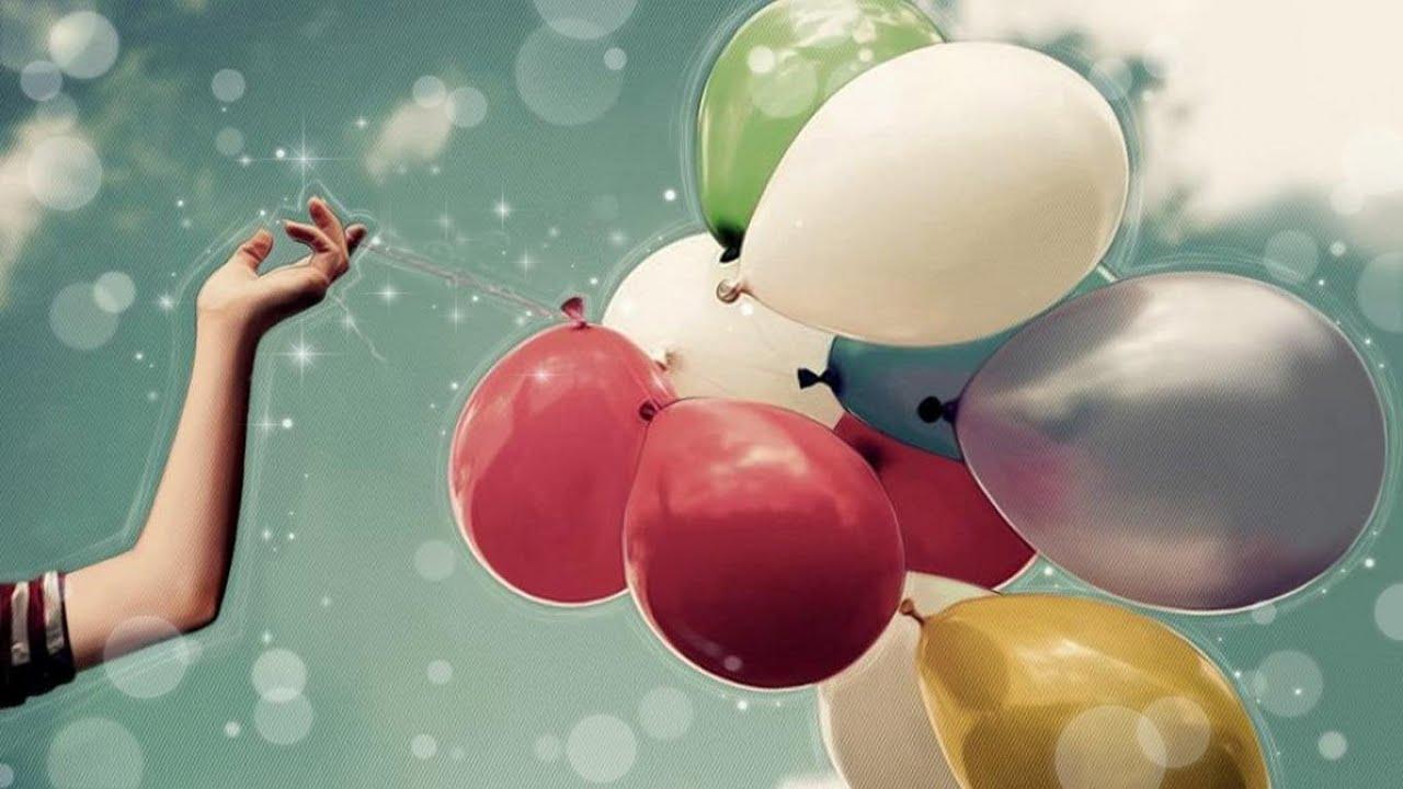 Открытка девушка с шарами