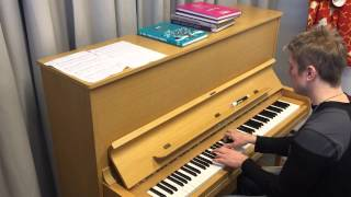 Laura Närhi - Mä annan sut pois (piano)