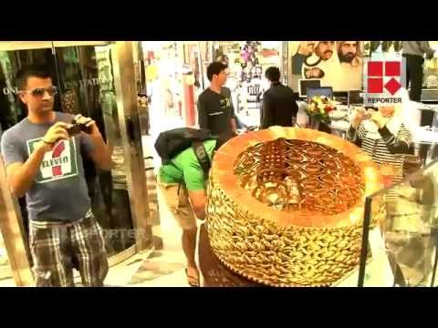 The World s st Gold Ring Is Display In Dubai flv