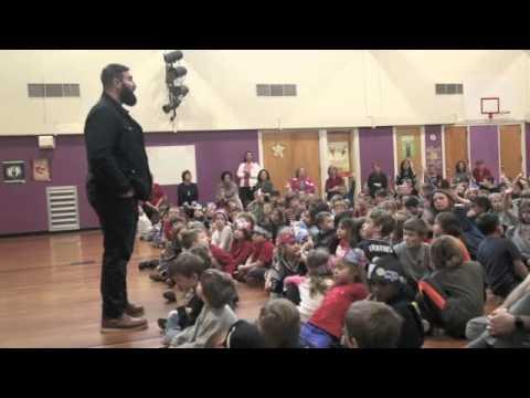 New England Patriot Rob Ninkovich visits Plum Cove School